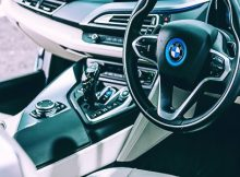 BMW to install voice assistance feature into its vehicles